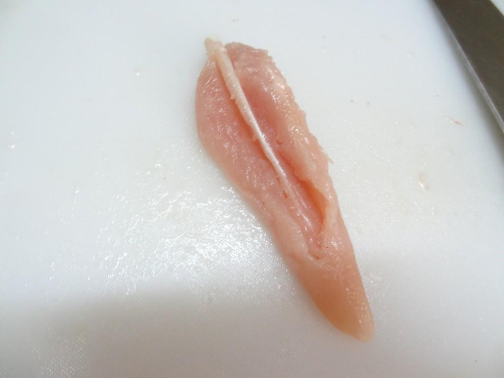 鶏ささみ肉 筋 カット