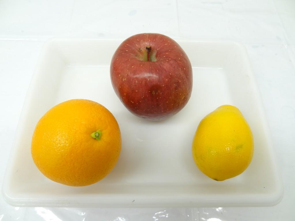オレンジ りんご レモンでフルーツレザー作り