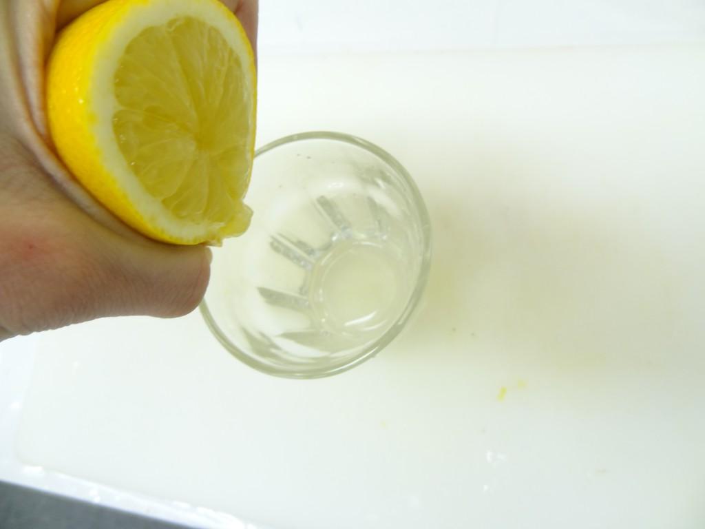 レモン 絞る フルーツレザー作り