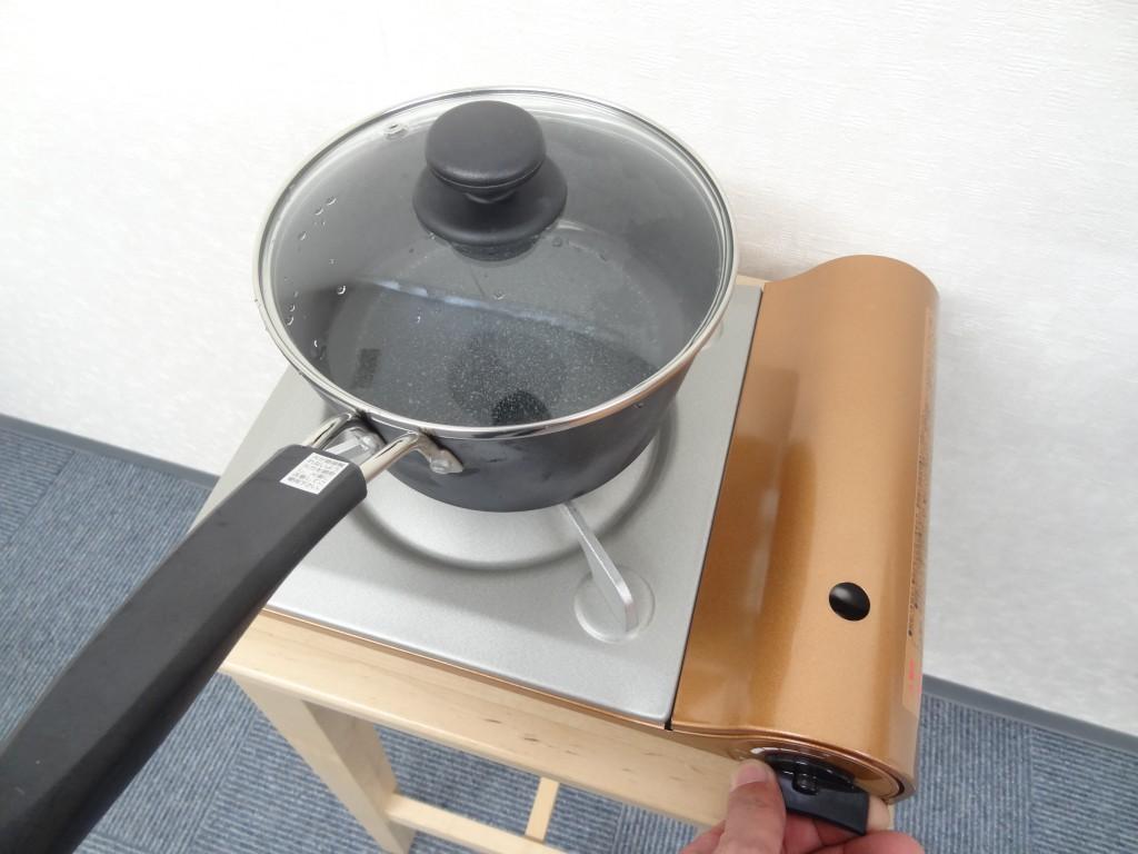 乾燥こんにゃく作成のための鍋 コンロ