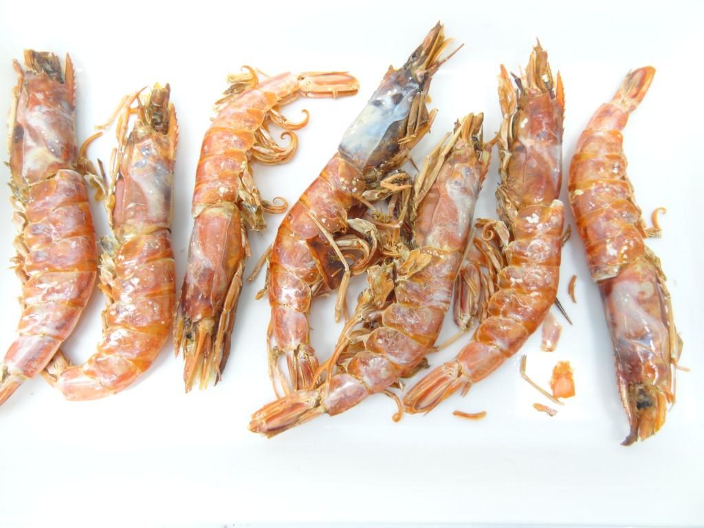 食品乾燥機で乾燥させた海老